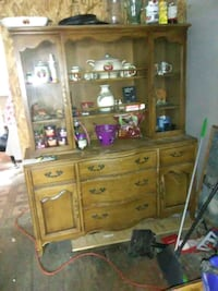 China cupboard Townville, 16360