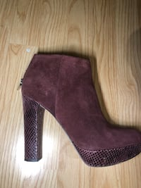 Michael kors lesly suede booties size 7.5 Toronto, M5R