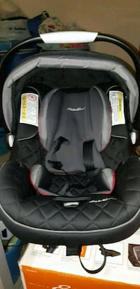baby's black and gray car seat carrier Toronto, M6A 2Y3
