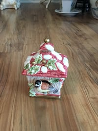 Fitz & Floyd ceramic bird house candy dish with bird inside & outside