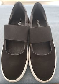 Women's J Slides NYC Shoes BRAND NEW!
