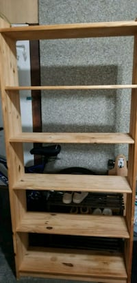 brown wooden 3-layer shelf Vancouver, V5X 1M4