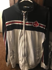 Canada Fila sweater for men's  Surrey, V3W 5Z7