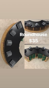 Thomas the train various accessories roundhouse, bridges, crossing and crane $15-$35 each Markham, L3P 6B8