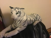 Stuffed animal white tiger Travelers Rest, 29690
