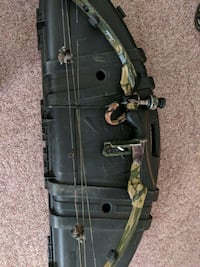 Camo Compound Bow With Case Greenville, 16125