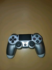 Sony PS4 Wireless Controller (SILVER)