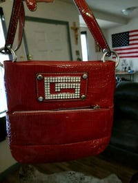 Guess red purse  Amarillo, 79102