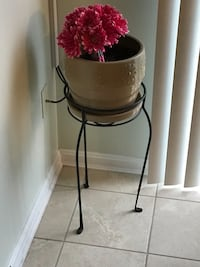Flower pot stands accessories not included Frederick, 21702