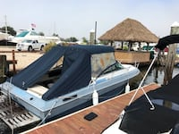 87  4 Winns 21' boat with trailer & accys text Dave  [TL_HIDDEN]