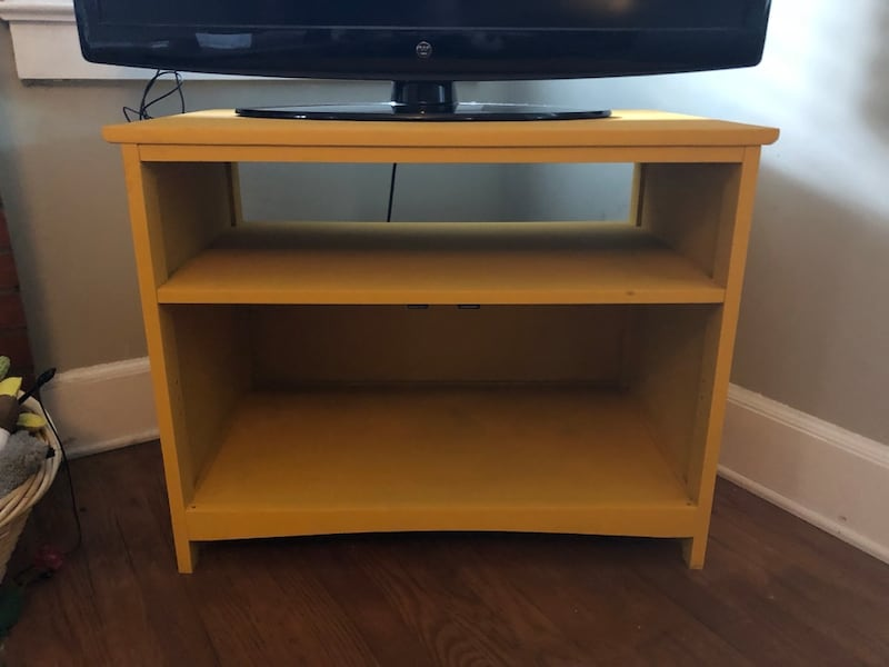 Yellow TV stand /small shelf 1c66b081-3c6f-4c5d-b2f0-c53f6bf5b554