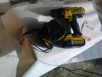 DeWalt cordless hand drill with battery pack Boyce, 22620