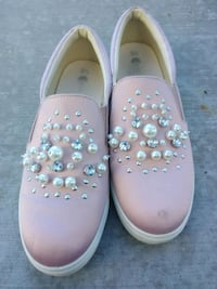 Pink satin shoes with pearls and gems Woods Cross, 84087