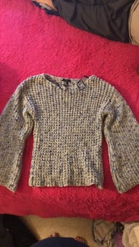 knitted top size M Los Angeles, 90012