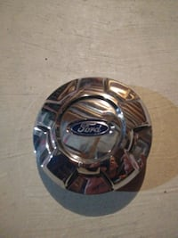 Chrome ford center cap. Ajax, L1Z 1Z1