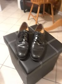 Reduced)black leather dress shoes (Dockers) 11med. San Antonio, 78223