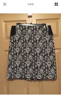 Woman's sz 1 Chico's pencil style skirt Canyon Lake, 78133