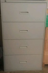 Large File Cabinet, great shape, with included lock and key Everett, 02149