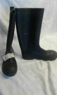 NOT SOLD  #10 STEEL TOE RAIN BOOTS  Mobile, 36608