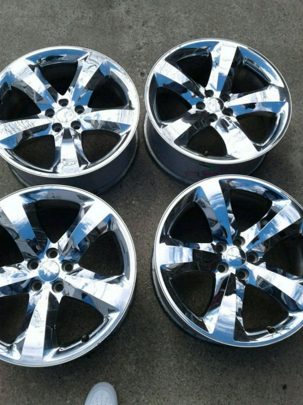 Used Wheels For Sale >> 20 Inch In Dodge Charger Challenger Rims Wheels