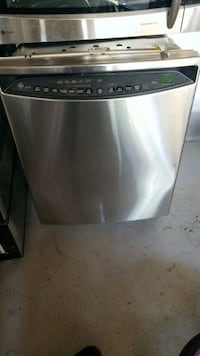 stainless steel and black dishwasher Brampton, L6V 2R3