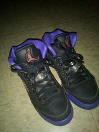 pair of black-and-purple basketball shoes North Little Rock, 72114