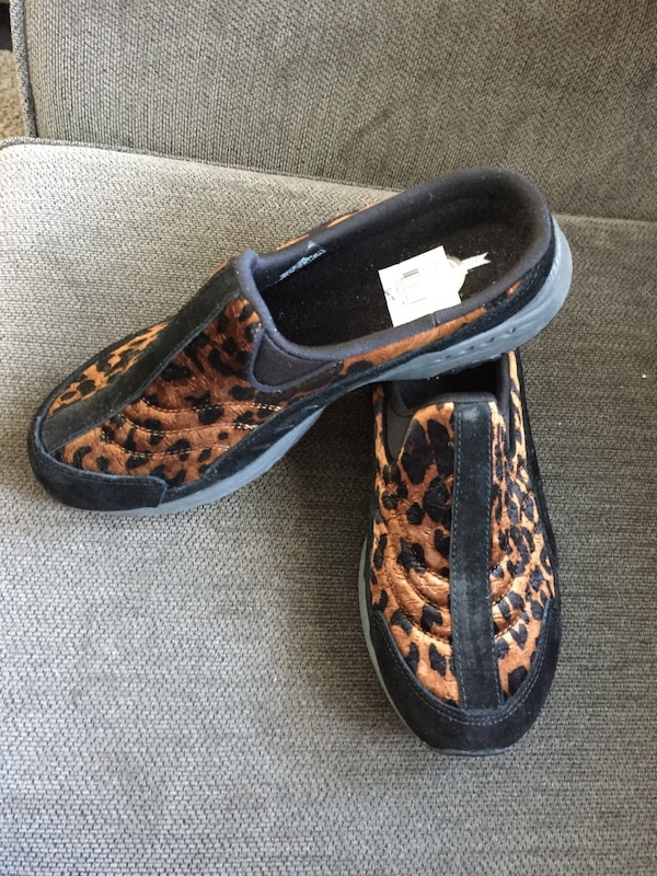 582000ab1ef8 Used New easy spirit slip on shoe for sale in Trenton - letgo