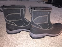 New weathers boots Toronto, M9P 3V3