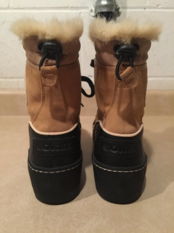 Women's Size 9 Sorel Tivoli III Waterproof Insulated Winter Boots 93dc64c6-b9dd-4672-a3da-f5ff93fcd6ad