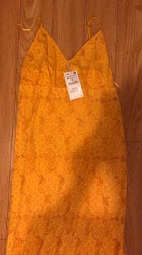 Zara dress size m Toronto, M3B