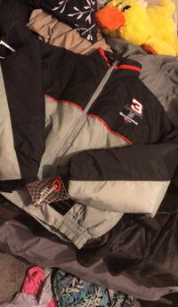 Dale Earnhardt collectors jacket!! Brand new with tags size medium  Evansville, 47711