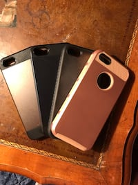 iPhone 5/5S/SE case bundle Pensacola, 32507