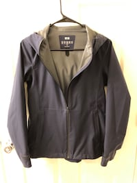 uniqlo block tech navy jacket XS almost new  Mc Lean, 22102