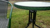Patio table and chair $10 obo Saanichton, V8M 1X7