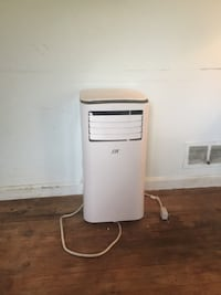 Portable air conditioner  Annandale, 22003