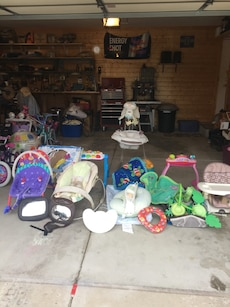 Tons of baby items at reasonable prices
