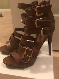 Brand new strappy sandals  Brampton, L7A 2A1