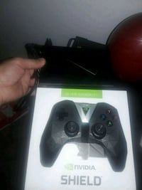 Xbox 360 game console with controller Silver Spring, 20904