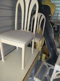 Dinnette table and 2 chairs West Palm Beach