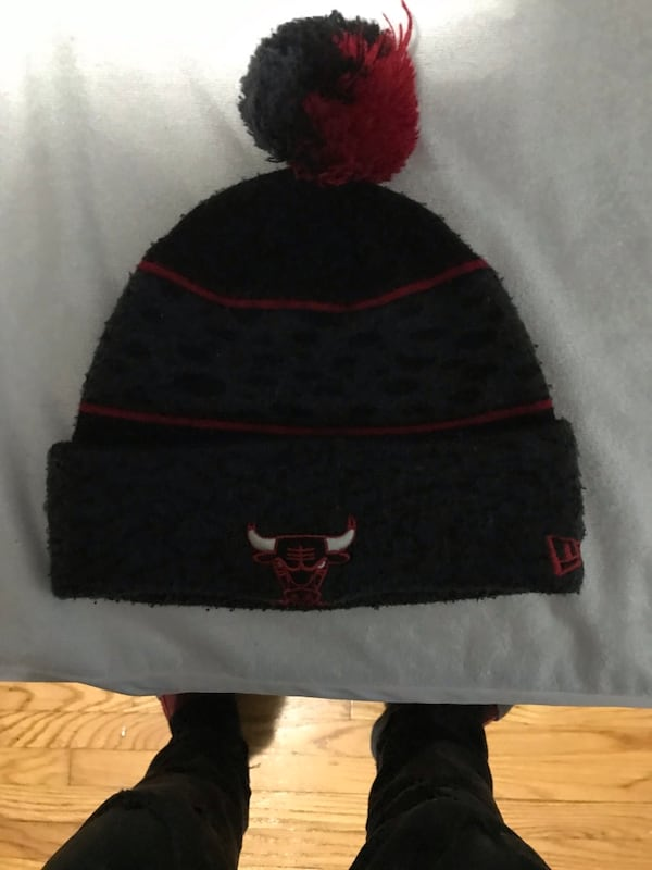 Chicago bulls winter hat c5d65032-4cbe-44c0-b6db-e5633e3585e4