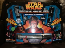 2005 Star Wars Hasbro 84850 Build Your Own Ultimate Lightsaber