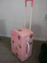Travel with wheels pop up Barbie home Frederick