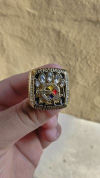 Steelers ring  Vernon, 90058
