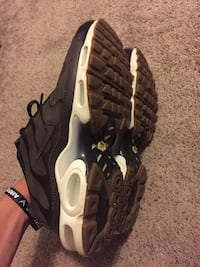 pair of black-and-white Nike running shoes Lubbock, 79423