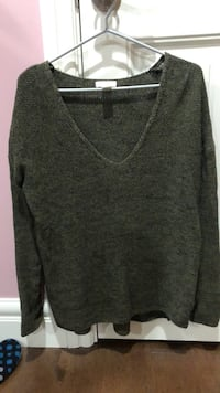 H&M dark green sweater