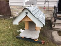 Insulated dog house Brantford, N3S 6H8