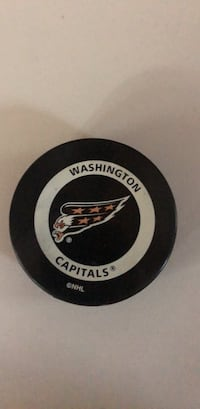 2000 Washington Capitals Official Game Puck Dunkirk, 20754