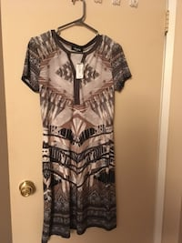 New dress terra Nostra size xs Brossard, J4W 2W4