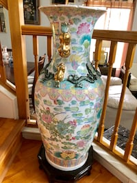 Four feet tall huge vase Vacaville, 95687