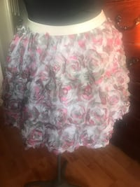 Place size 14 $11 Windsor, N8P 1N2